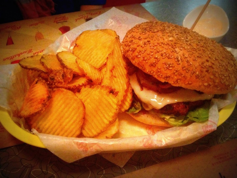 bernies diner barcelona restaurante americano que se cuece en bcn  bernie's (10)